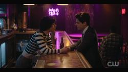 KK-Caps-1x13-Come-Together-27-Jorge-Buzz