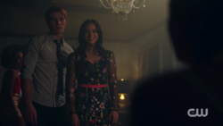 RD-Caps-2x05-When-a-Stranger-Calls-84-Archie-Veronica
