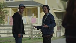 RD-Caps-3x07-The-Man-in-Black-07-Archie-Jughead