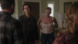 RD-Caps-3x02-Fortune-and-Men's-Eyes-62-Jughead-Betty