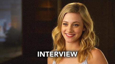 Riverdale (The CW) Lili Reinhart Interview HD
