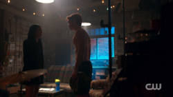 RD-Caps-2x15-There-Will-Be-Blood-88-Veronica-Archie