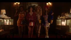 KK-Caps-1x01-Pilot-98-Josie-Katy-Pepper-Jorge-Ginger