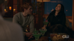 RD-Caps-2x14-The-Hills-Have-Eyes-46-Archie-Veronica