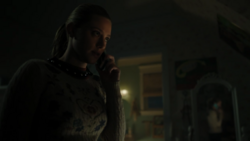 RD-Caps-4x14-How-to-Get-Away-with-Murder-58-Betty