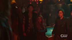 RD-Caps-2x12-The-Wicked-and-The-Divine-34-Sweet-Pea-Toni-Jughead-Southside-Serpents