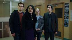 Season 1 Episode 12 Anatomy Of A Murder Archie-Betty-Veronica-Jughead