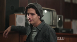 Season 1 Episode 5 Heart of Darkness Jughead wondering why Jason ran
