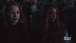 RD-Caps-2x14-The-Hills-Have-Eyes-102-Cheryl-Toni