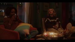 KK-Caps-1x01-Pilot-60-Josie-Pepper