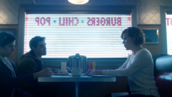 Season 1 Episode 12 Anatomy of a Murder Mary, Arche and Jughead at Pop's