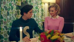 Season 1 Episode 7 In a Lonely Place Betty Jughead 5