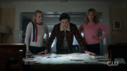 RD-Caps-2x15-There-Will-Be-Blood-23-Betty-Jughead-Alice