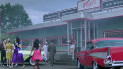 RD-Caps-2x02-Nighthawks-01-Retro-Pop's-shoppe