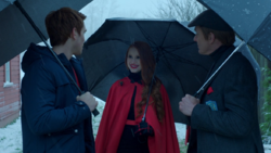 Season 1 Episode 9 La Grande Illusion Cliff and Cheryl give Archie an invitation