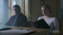 RD-Caps-2x07-Tales-from-the-Darkside-149-Hal-Betty