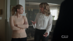 RD-Caps-2x12-The-Wicked-and-The-Divine-62-Betty-Alice