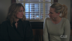 RD-Caps-2x18-A-Night-To-Remember-91-Alice-Betty
