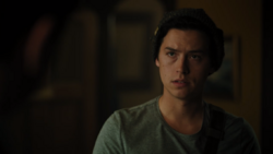 RD-Caps-4x02-Fast-Times-at-Riverdale-High-26-Jughead
