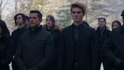 RD-Caps-2x19-Prisoners-05-Hiram-Archie