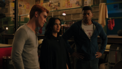 RD-Caps-4x07-The-Ice-Storm-18-Archie-Veronica-Munroe