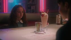 RD-Caps-3x04-The-Midnight-Club-49-Young-Penelope