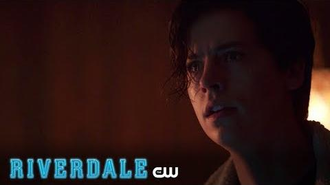 Riverdale Stunning Critics Trailer