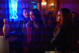 RD-Promo-3x14-Fire-Walk-With-Me-07-Peaches-'N-Cream-Veronica-Toni