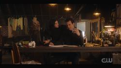 KK-Caps-1x11-Who-Can-I-Turn-To-21-Katy-Guy