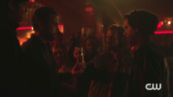 RD-Caps-2x08-House-of-the-Devil-139-FP-Jughead-Tall-Boy-Sweet-Pea