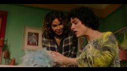 KK-Caps-1x06-Mama-Said-43-Luisa-Jorge