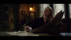 CAOS-Caps-1x06-An-Exorcism-in-Greendale-28-Zelda