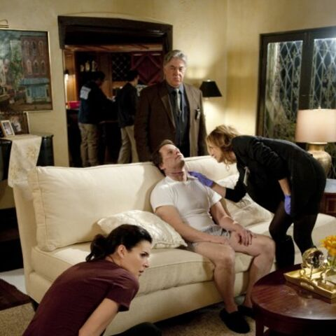 Still of Angie Harmon, Sasha Alexander and Bruce McGill in Rizzoli & Isles (2010)