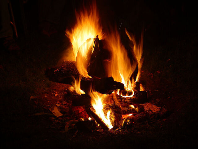 File:800px-Solstice fire Montana.jpg