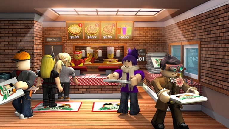 WORKING AT A PIZZA PLACE IN ROBLOX - YouTube
