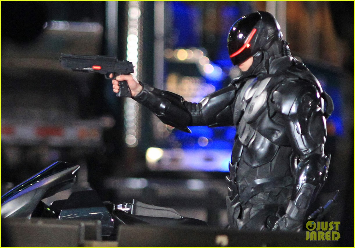 image - joel-kinnaman-suits-up-for-robocop-reshoots-17 | robocop