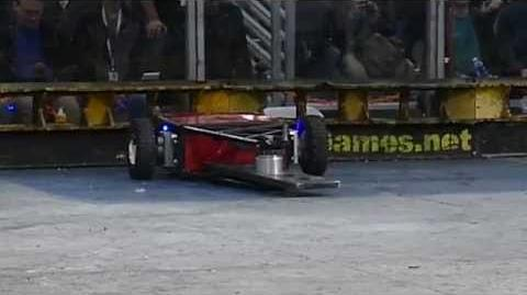 RoboGames 2015 fight - Last Rites vs Ragin Scotsman