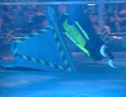 Clawed hopper floor flipper