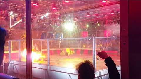 Robot Wars Series 10 Terrorhurtz Vulture Apex audience POV fight