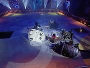 Flipper vs houserobots