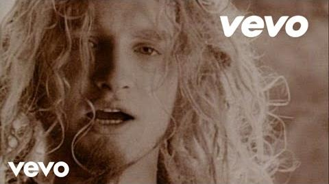 Alice In Chains - Man in the Box (Official Video)-2
