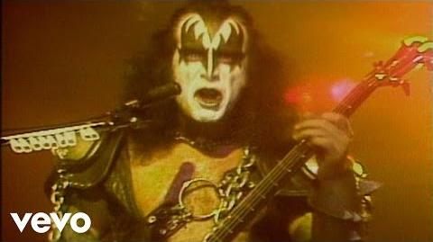 Kiss – I Love It Loud
