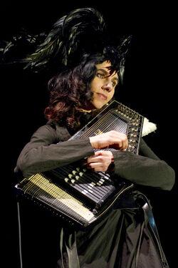 PJ Harvey - 1