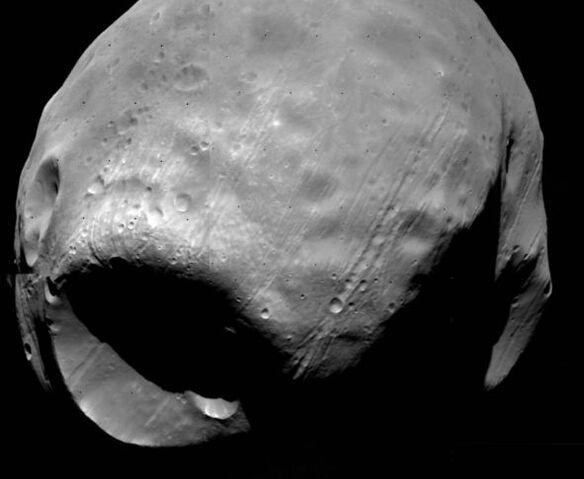 File:Phobos.jpg