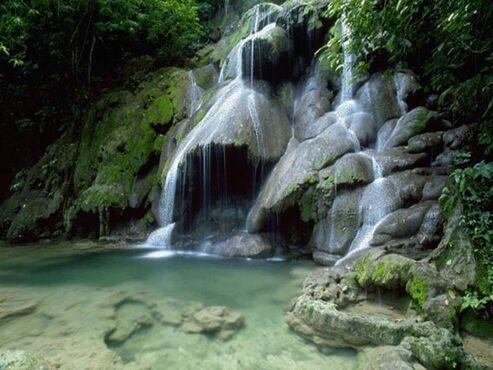 Learder's den waterfall
