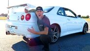 Youtuber-roman-atwood-drives-rhd-skyline-gt-r-pretends-to-buy-it-113560 1