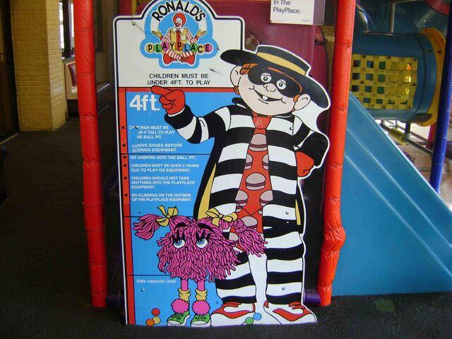 File:McDonald's Playplace 1.jpg
