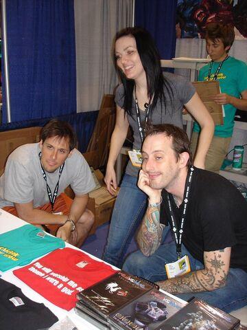 File:RTBooth Comiccon2007.jpg