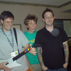 Gavin with Geoff and Joel in Hotel Room playing Guitar Hero during Comic Con 2007