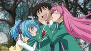 Love-triangle-rosario-vampire-15190268-704-396